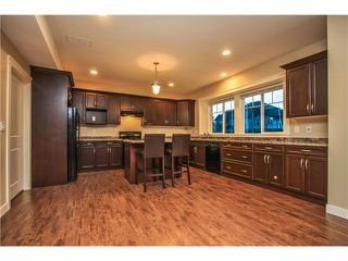 Photo 3: 32612 MAYNARD PL in Mission: Mission BC House for sale : MLS®# F1447660