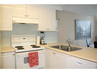 Photo 10: 404 1650 GRANT AVENUE in PORT COQ: Glenwood PQ Condo for sale (Port Coquitlam)  : MLS®# V1132980