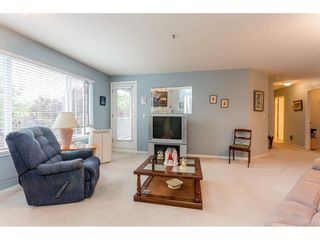 Photo 6: 302 5465 201 STREET in Langley: Langley City Condo for sale : MLS®# R2078441
