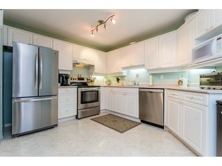 Photo 8: 302 5465 201 STREET in Langley: Langley City Condo for sale : MLS®# R2078441