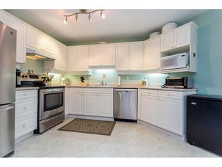 Photo 10: 302 5465 201 STREET in Langley: Langley City Condo for sale : MLS®# R2078441