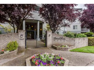 Photo 1: 302 5465 201 STREET in Langley: Langley City Condo for sale : MLS®# R2078441