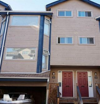 Photo 1: 24 1195 Falcon Drive in coquitlam: Eagleridge Townhouse for sale (Coquitlam)  : MLS®# R2110135