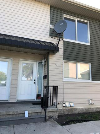 Photo 1: 9 315 N Avenue South in Saskatoon: Pleasant Hill Residential for sale : MLS®# SK784198
