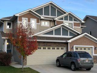Main Photo: 9625 SIMPSON Place in Edmonton: Zone 14 House Half Duplex for sale : MLS®# E4176235