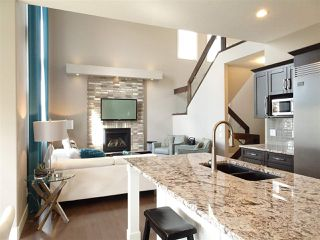 Photo 5: 404 MEADOWVIEW Drive: Fort Saskatchewan House for sale : MLS®# E4181691