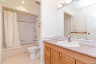 Photo 10: 5 1480 Garnet Road in VICTORIA: SE Cedar Hill Row/Townhouse for sale (Saanich East)  : MLS®# 419630