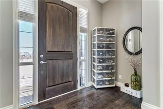 Photo 3: 14 TIMBERLINE Place SW in Calgary: Springbank Hill Detached for sale : MLS®# C4280720