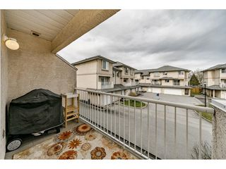 Photo 17: 17 2458 PITT RIVER Road in Port Coquitlam: Mary Hill Townhouse for sale : MLS®# R2445446