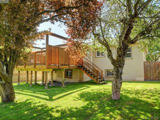 Photo 21: 2927 Quadra Street in VICTORIA: Vi Mayfair Single Family Detached for sale (Victoria)  : MLS®# 425736