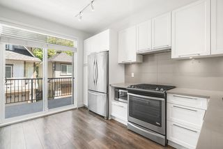 """Photo 5: 27 8217 204B Street in Langley: Willoughby Heights Townhouse for sale in """"Everly Green"""" : MLS®# R2459604"""