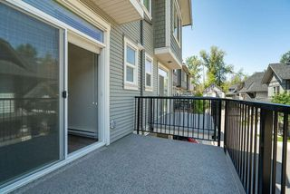 """Photo 8: 27 8217 204B Street in Langley: Willoughby Heights Townhouse for sale in """"Everly Green"""" : MLS®# R2459604"""