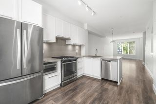 """Photo 9: 27 8217 204B Street in Langley: Willoughby Heights Townhouse for sale in """"Everly Green"""" : MLS®# R2459604"""