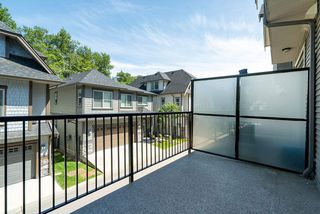 """Photo 6: 27 8217 204B Street in Langley: Willoughby Heights Townhouse for sale in """"Everly Green"""" : MLS®# R2459604"""