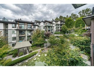 "Photo 22: 305 7428 BYRNEPARK Walk in Burnaby: South Slope Condo for sale in ""The Green"" (Burnaby South)  : MLS®# R2489455"