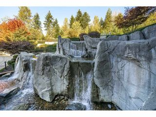 "Photo 33: 305 7428 BYRNEPARK Walk in Burnaby: South Slope Condo for sale in ""The Green"" (Burnaby South)  : MLS®# R2489455"