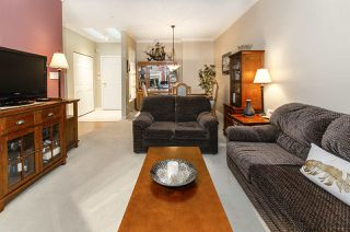 """Photo 4: 444 3098 GUILDFORD Way in Coquitlam: North Coquitlam Condo for sale in """"MARLBOROUGH HOUSE"""" : MLS®# R2519004"""