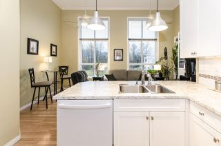 """Photo 15: 444 3098 GUILDFORD Way in Coquitlam: North Coquitlam Condo for sale in """"MARLBOROUGH HOUSE"""" : MLS®# R2519004"""