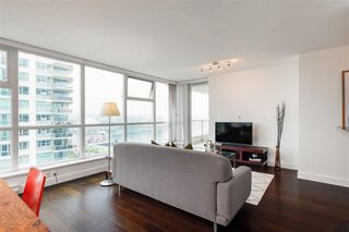 Photo 6: 1704 125 Milross in : Downtown VE Condo for sale (Vancouver East)  : MLS®# R2500854