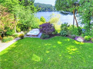 Photo 19: 1035 Loch Glen Place in VICTORIA: La Glen Lake Single Family Detached for sale (Langford)  : MLS®# 313438