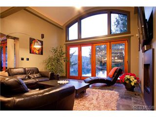 Photo 8: 1035 Loch Glen Place in VICTORIA: La Glen Lake Single Family Detached for sale (Langford)  : MLS®# 313438