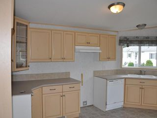 """Photo 5: 2181 GOLDEN POND Road in Quesnel: Red Bluff/Dragon Lake Manufactured Home for sale in """"ASHLAND MEADOWS"""" (Quesnel (Zone 28))  : MLS®# N222270"""
