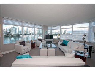 Photo 3: # 516 456 MOBERLY RD in Vancouver: False Creek Condo for sale (Vancouver West)  : MLS®# V1051585