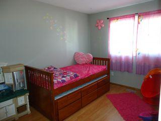 Photo 5: 1023 Dakota Street in Winnipeg: Meadowood Single Family Detached for sale (South Winnipeg)  : MLS®# 1415794