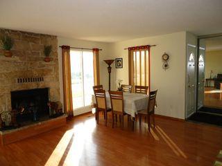 Photo 10: 1023 Dakota Street in Winnipeg: Meadowood Single Family Detached for sale (South Winnipeg)  : MLS®# 1415794