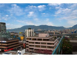 "Photo 3: 604 1355 W BROADWAY in Vancouver: Fairview VW Condo for sale in ""THE BROADWAY"" (Vancouver West)  : MLS®# V1077006"