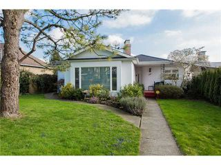 Photo 1: 1924 London Street in New Westminster: West End NW House for sale : MLS®# V1107426