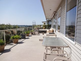 Photo 2: 35790 CANTERBURY AV in Abbotsford: Abbotsford East House for sale : MLS®# F1440164