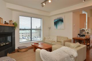 Photo 2: 206 641 MAHAN ROAD in Gibsons: Gibsons & Area Condo for sale (Sunshine Coast)  : MLS®# R2034519