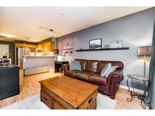 Photo 12: 209 5355 BOUNDARY ROAD in Vancouver: Collingwood VE Condo for sale (Vancouver East)  : MLS®# R2125742
