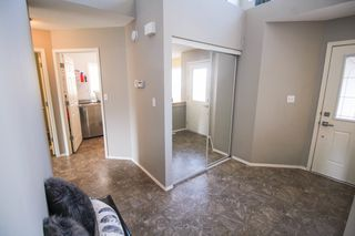 Photo 2: Spacious Riverbend Family home for sale in Winnipeg