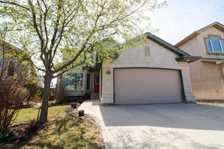 Photo 1: Spacious Riverbend Family home for sale in Winnipeg