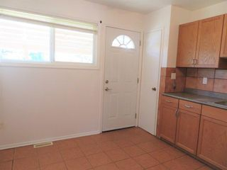 Photo 12: 810 Sheppard Street in Winnipeg: Maples Single Family Attached for sale (4H)  : MLS®# 1818994