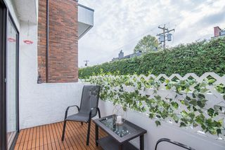 Photo 13: 303 2450 CORNWALL AVENUE in Vancouver: Kitsilano Condo for sale (Vancouver West)  : MLS®# R2317260