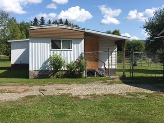 "Main Photo: 2832 ARNOLDUS Road in Quesnel: Quesnel Rural - South Manufactured Home for sale in ""KERSLEY"" (Quesnel (Zone 28))  : MLS®# R2397019"