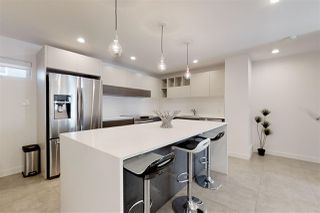 Photo 7: #4 10307 120 Street NW in Edmonton: Zone 12 Townhouse for sale : MLS®# E4184102
