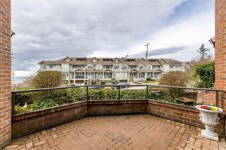 Photo 17: 820 MAPLE Street: White Rock Townhouse for sale (South Surrey White Rock)  : MLS®# R2438919