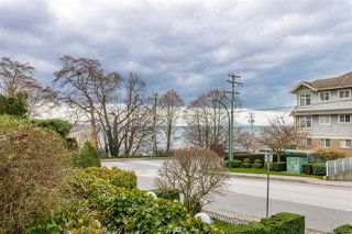 Photo 18: 820 MAPLE Street: White Rock Townhouse for sale (South Surrey White Rock)  : MLS®# R2438919