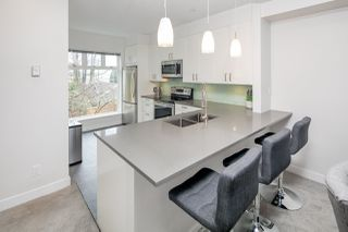 "Photo 4: 3 2305 W 10TH Avenue in Vancouver: Kitsilano Townhouse for sale in ""Park Place"" (Vancouver West)  : MLS®# R2440761"