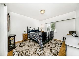 Photo 9: 1635 E 57TH Avenue in Vancouver: Fraserview VE House for sale (Vancouver East)  : MLS®# R2452988