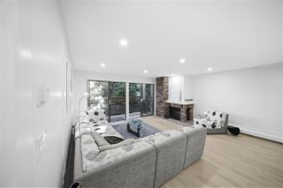 """Photo 3: 216 2320 W 40TH Avenue in Vancouver: Kerrisdale Condo for sale in """"Manor Gardens"""" (Vancouver West)  : MLS®# R2466171"""