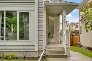Photo 2: 3650 SIERRA MORENA Road SW in Calgary: Signal Hill Detached for sale : MLS®# C4306101