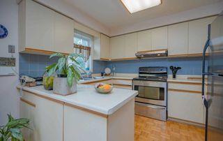 Photo 9: 35 Ashfield Drive in Richmond Hill: Oak Ridges Lake Wilcox House (2-Storey) for sale : MLS®# N4908106