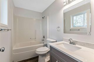 Photo 9: 16 200 Hidden Hills Terrace NW in Calgary: Hidden Valley Row/Townhouse for sale : MLS®# A1042995