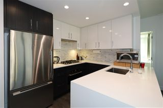 Photo 5: 504 518 WHITING Way in Coquitlam: Coquitlam West Condo for sale : MLS®# R2522601