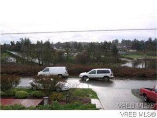 Photo 8: 1338 Prillaman Ave in VICTORIA: SW Interurban Single Family Detached for sale (Saanich West)  : MLS®# 511178
